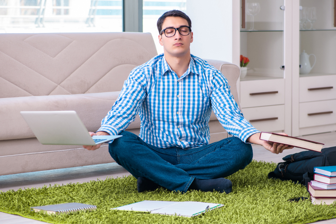 How Mindfulness and Time Management Can Be Combined to Help You with Your Online Learning from Home
